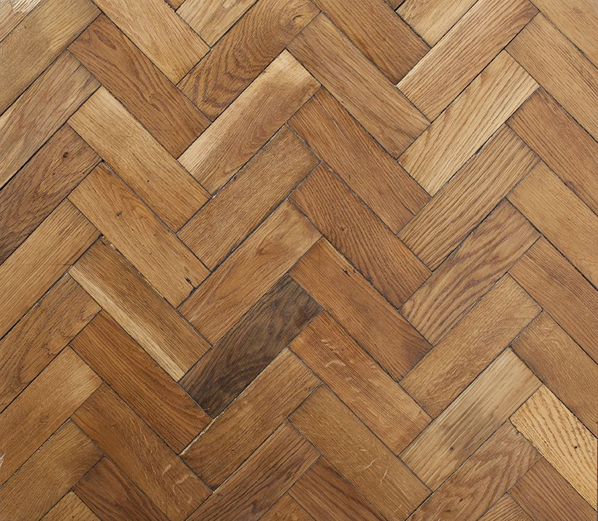 Reclaimed english oak herringbone parquet flooring no for Wood floor knocking block
