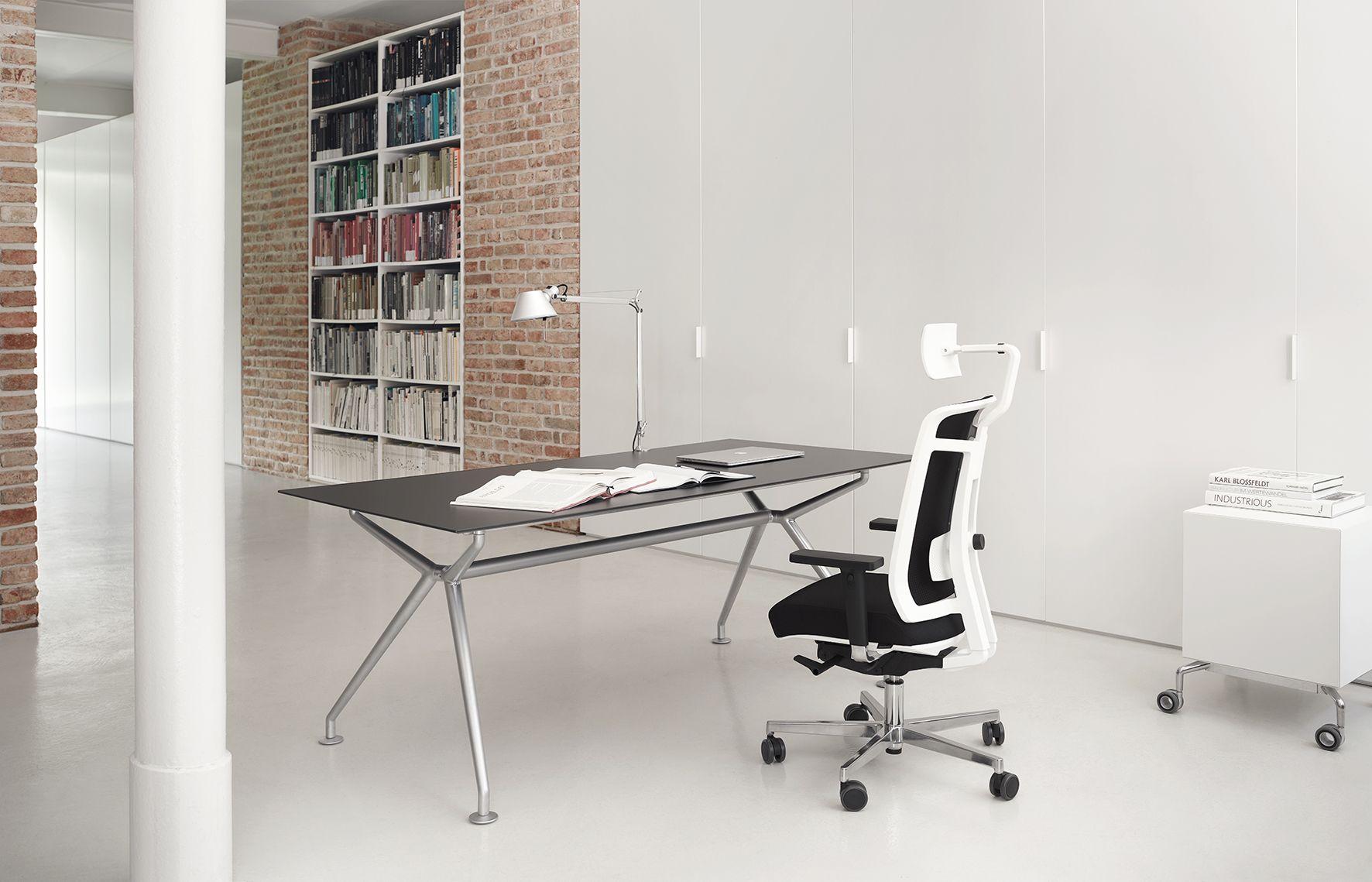 Drehstuhle Sitzmobel Office Objekteinrichtung Buro Wagner Living W7 W Tabel Stuhle Buero Einrichtung