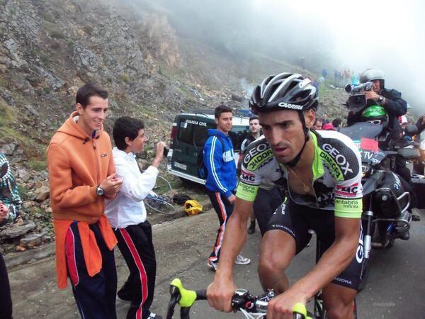 Fotos #Angliru 2011 #lavuelta #lavueltaRTVE. El ganador de la etapa: @CoboJuanjo