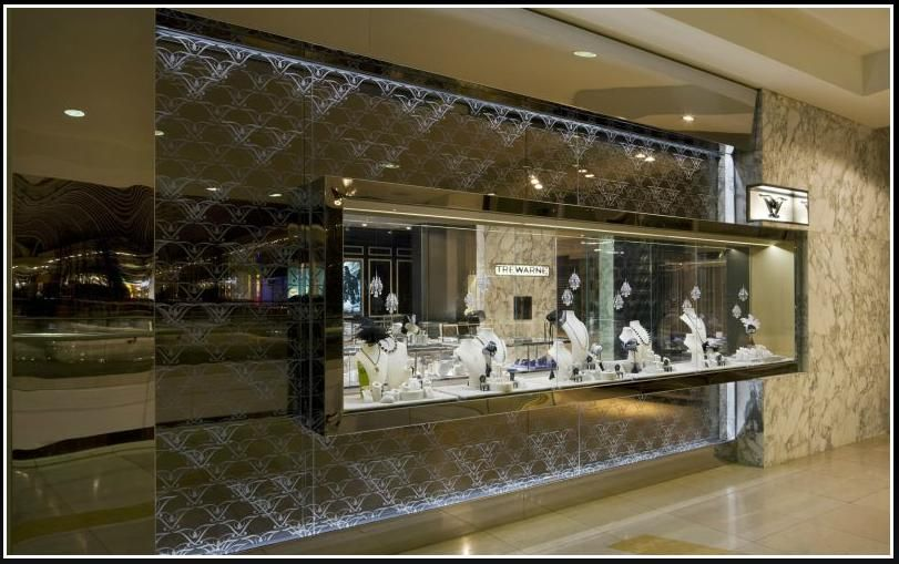 See box like window display creates a floating glass box for Jewelry store window displays