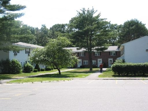 Colonial Estates Apartment Homes Affordable Apartments In Springfield Ma Found At Affordablesearch Com Affordable Apartments Apartment Affordable Housing
