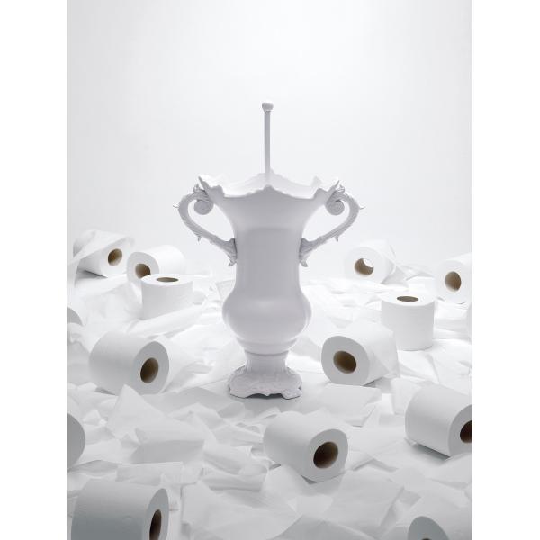 Brosse wc wc royale seletti pinterest brosse wc for Accessoires salle de bain et wc