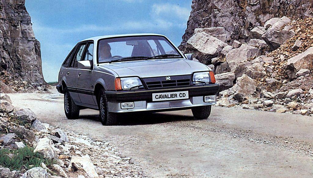 VAUXHALL Cavalier Mk2 SRi/130 | Car Specs | Octane | Cars ...