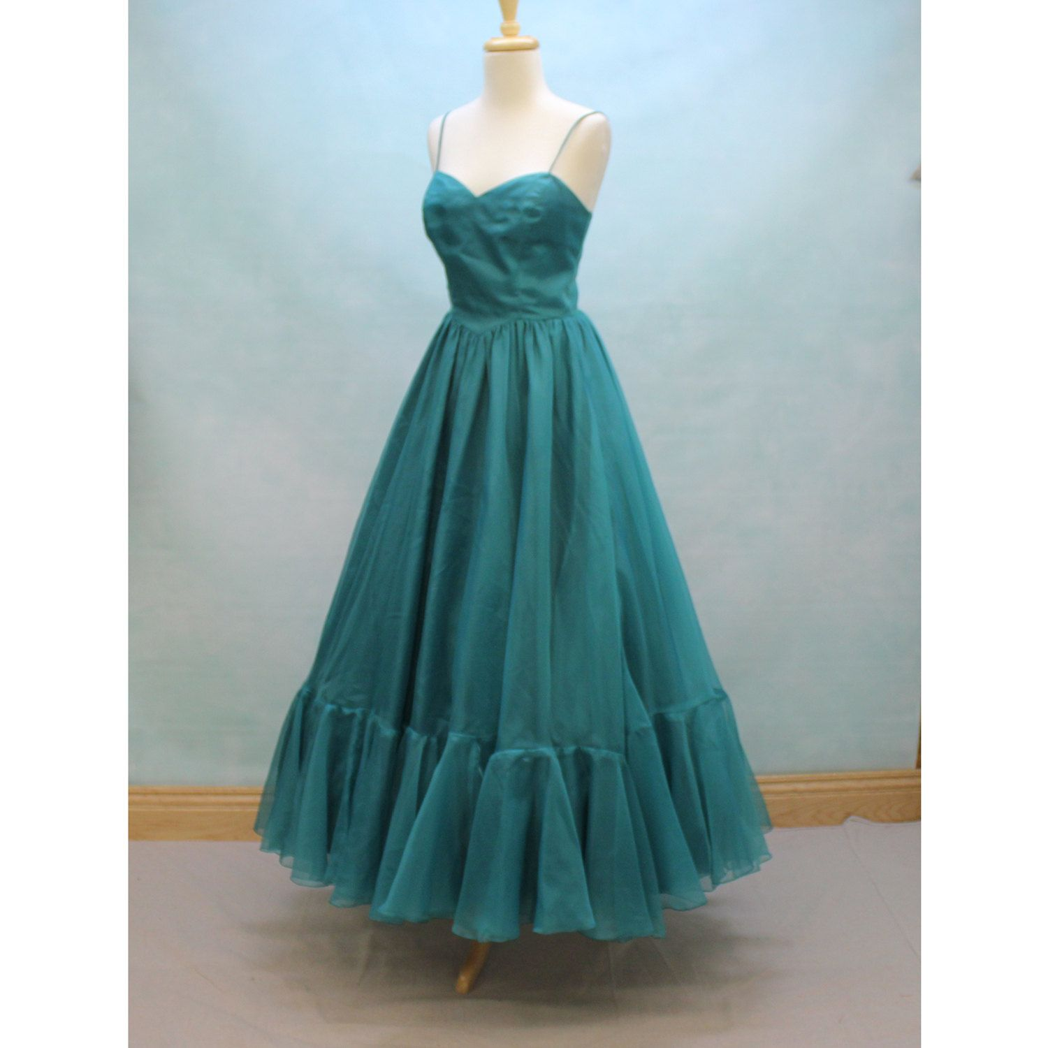 Reserved 70 S Prom Dress In Teal Taffeta And Chiffon Etsy 70s Prom Dress 70s Prom Prom Dresses Vintage