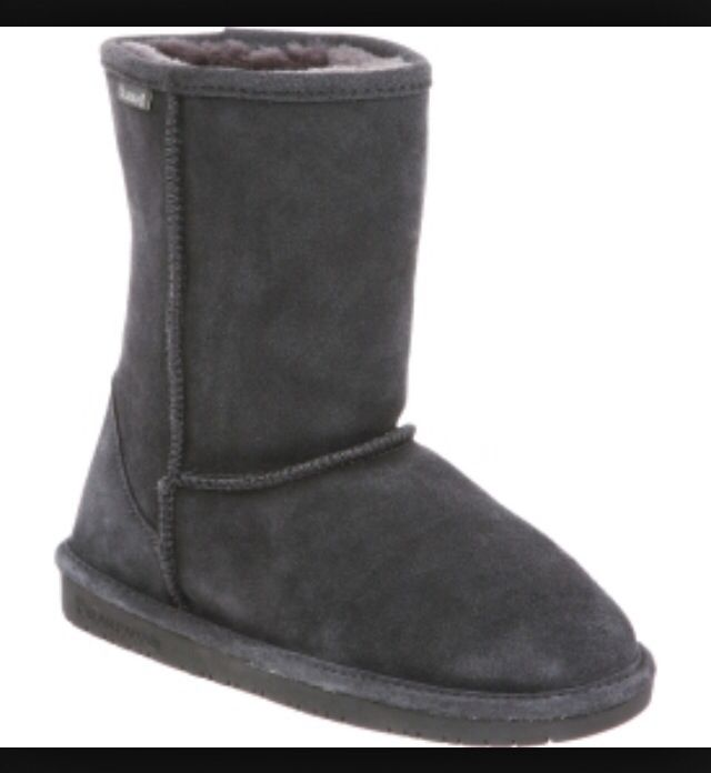 d24d85b7245 Bear paw boots! Love these! I want some bear paws. | More Clothes ...