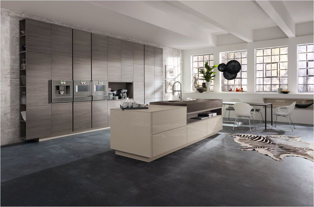 Alno Smartline oak wood finishes and high-gloss lacquers combined