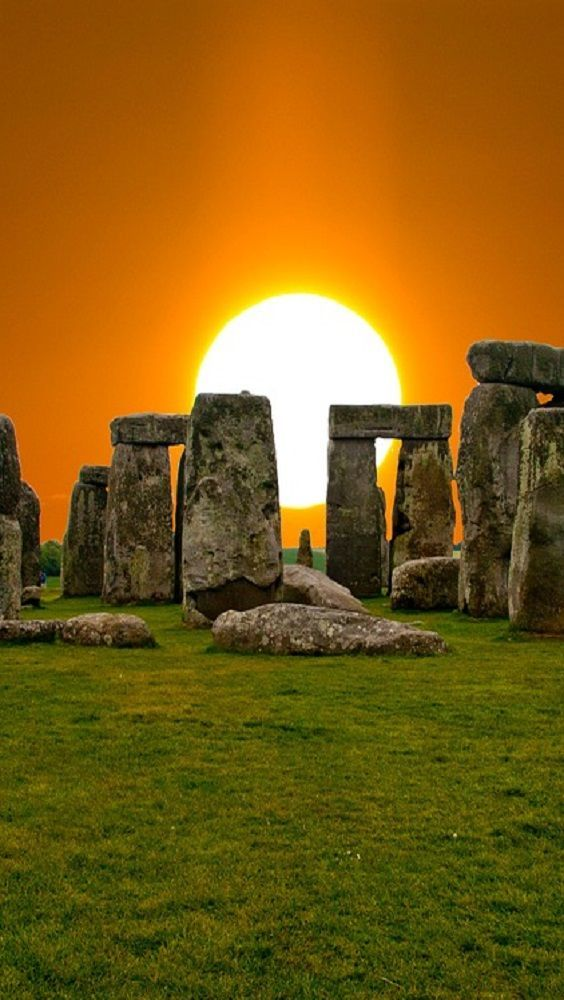 Amazing Places The Gift of Travel Stonehenge