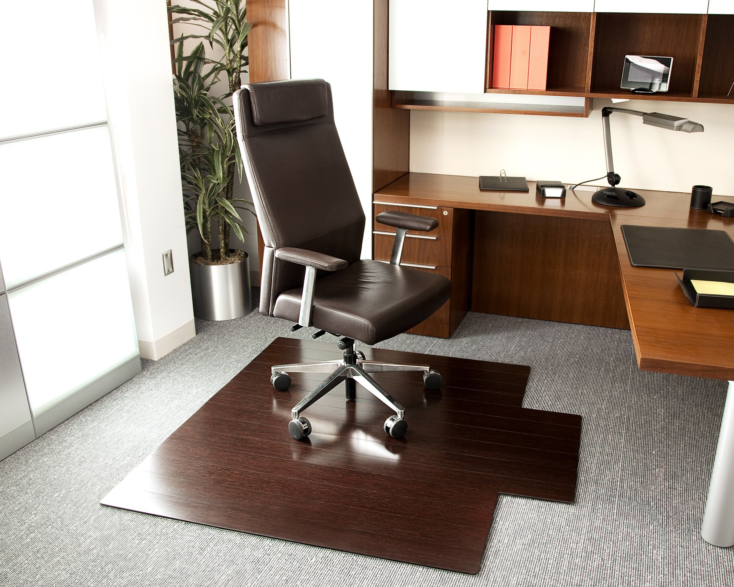Bamboo deluxe rollup chairmat 55 x 57 with lip dark