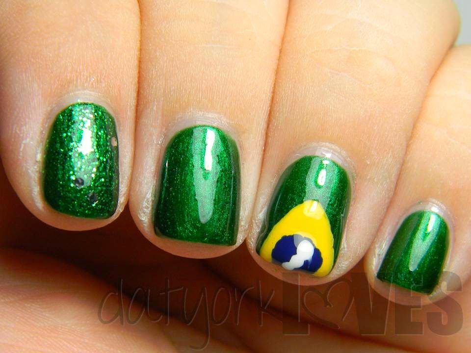 datyorkLOVES: Brazil Flag Nails - The World Cup Begins!   Uñas ...