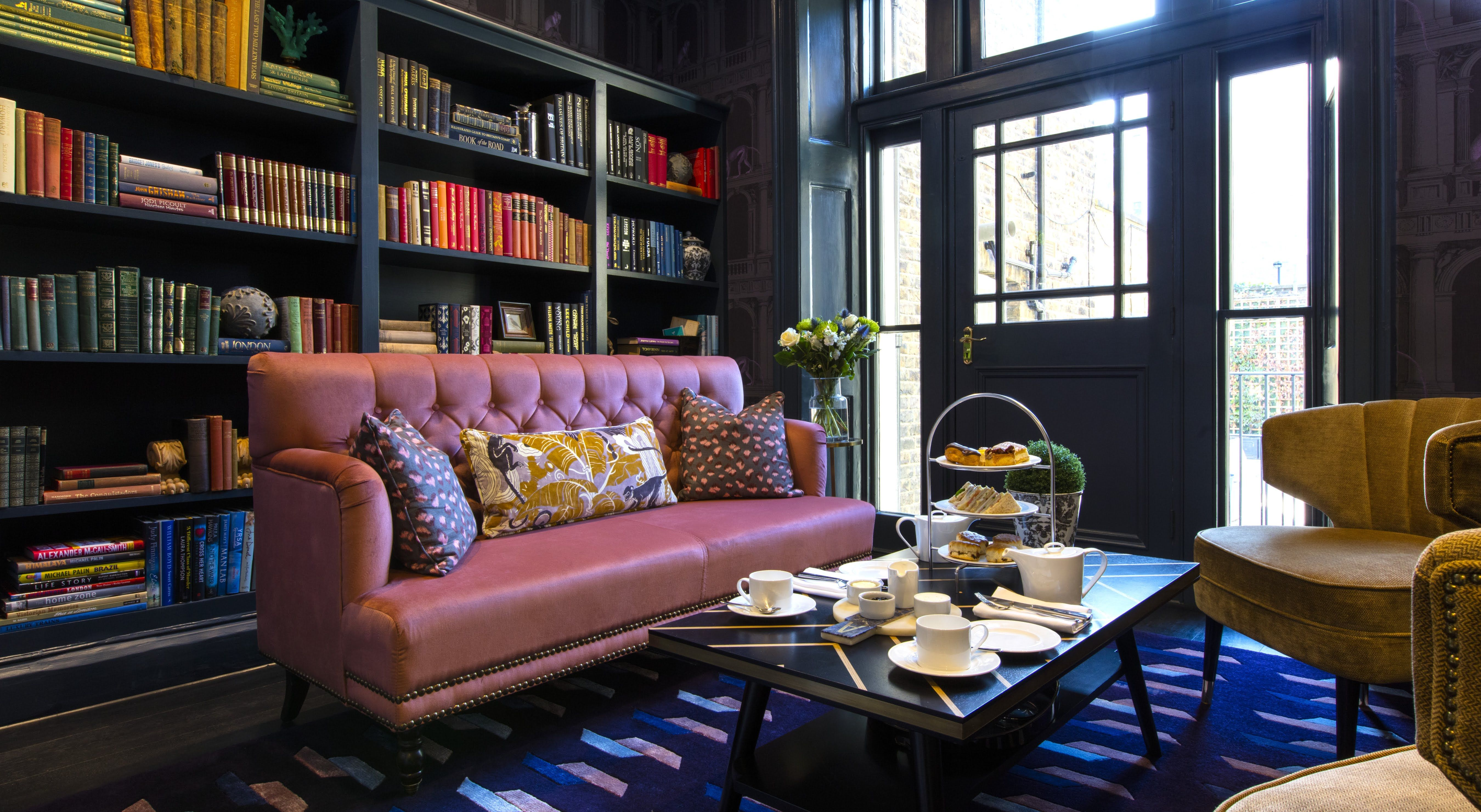 9 Small Living Room Decorating Ideas To Make It Feel Larger Than