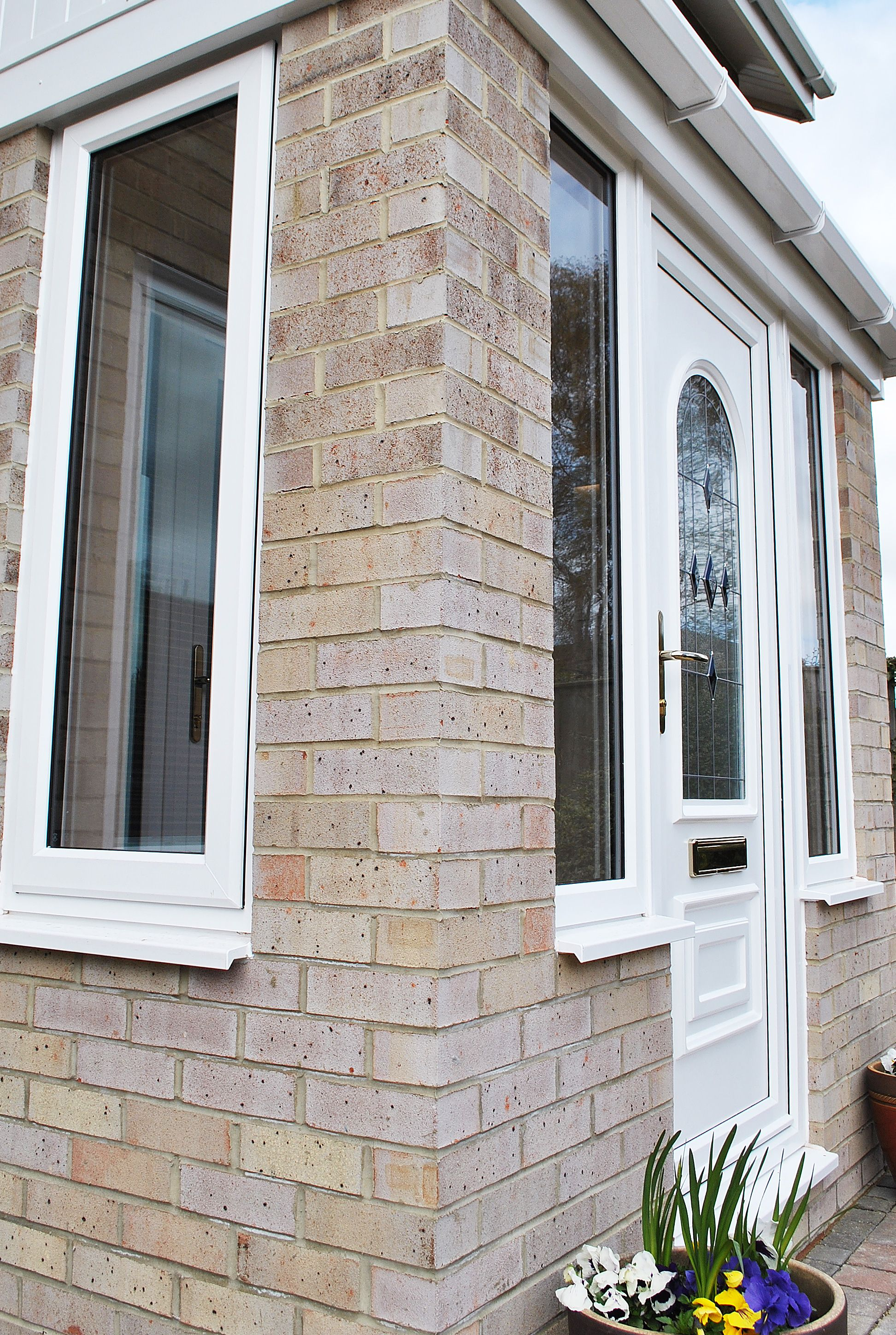 Fenesta upvc doors windows glass flooring - Stunning Porch Windows This Is A Beautiful Porch With Large Side Windows And Front Door Designglass