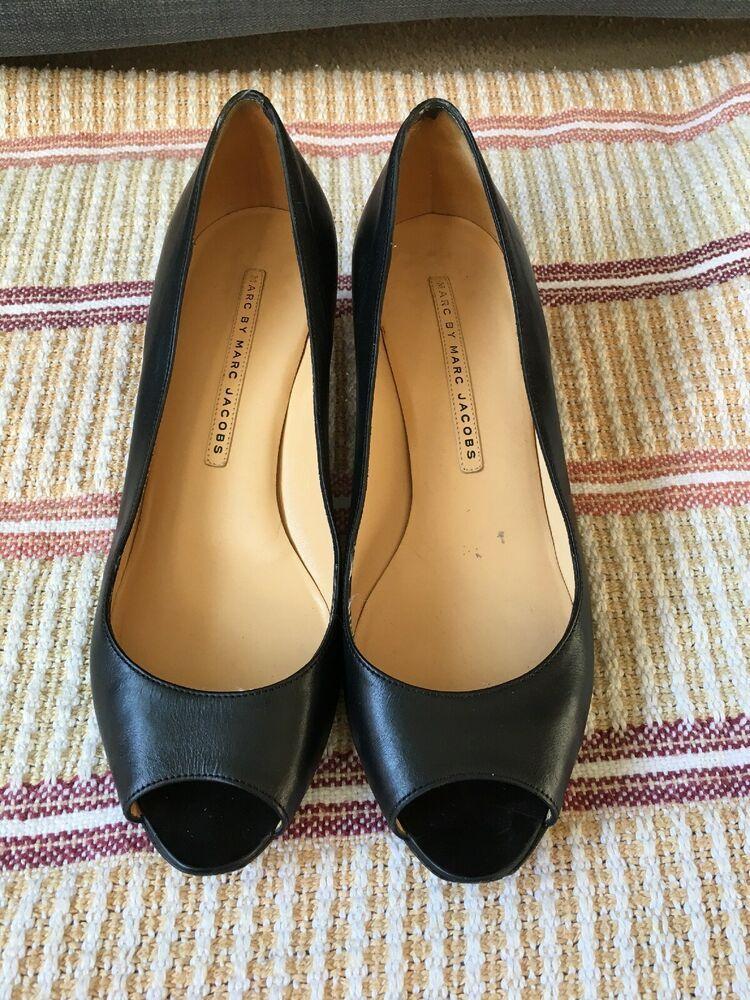 Marc By Marc Jacobs Black Kitten Heel Shoes Size 5 5 38 5 Kitten Heels From Ebay Uk Kittenheels Heel Kitten Heel Shoes Black Kitten Heels Heels