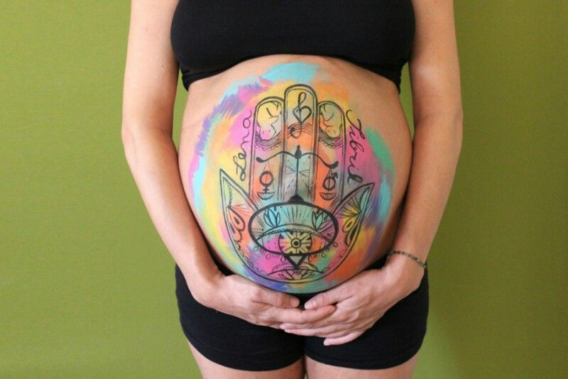 Bellypainting colorido mano