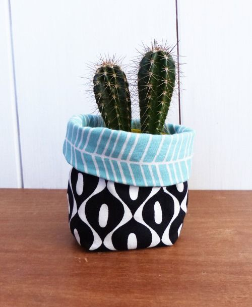 mini cache pot tissu mini plante mini cactus tissus vert. Black Bedroom Furniture Sets. Home Design Ideas