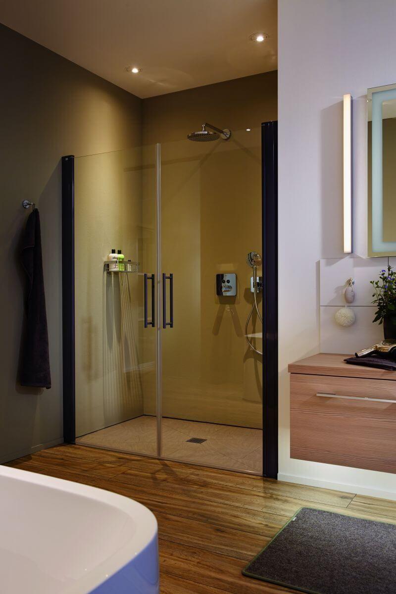 Die Richtige Beleuchtung Fur Die Dusche Einbauleuchten Die Kleinen Led Spots Sorgen Genau Fur Das Richtige L Mit Bildern Einbauleuchten Richtige Beleuchtung Leuchten