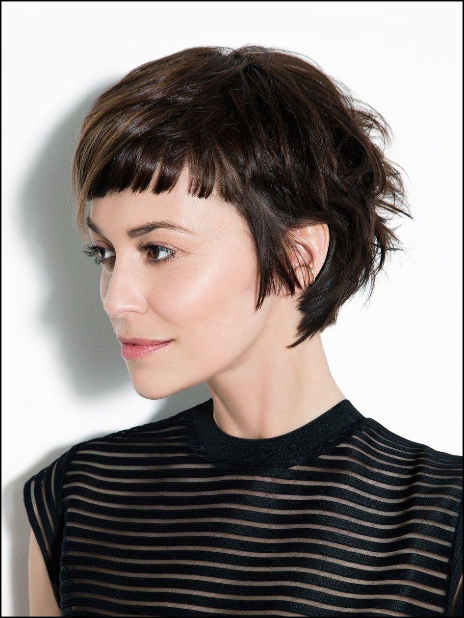 die neueste 2018 undercut hair design für mädchen - pixie