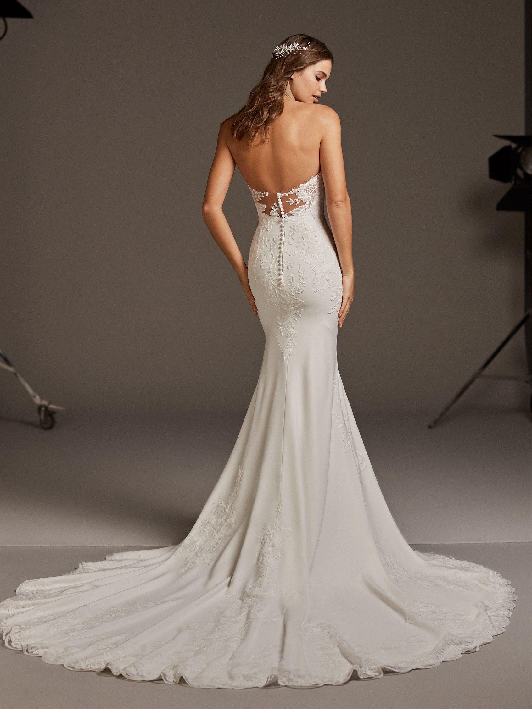 Astrid in 2020 form fitting wedding dress wedding