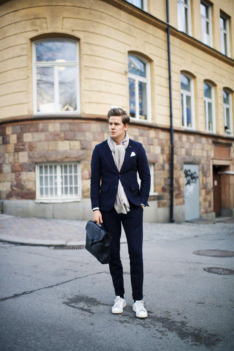 Kostym & Sneakers | Martin Hansson #fashion #streetstyle
