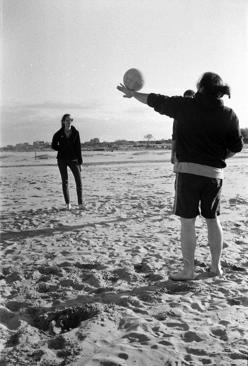 Lido di Spina 2012 #spiaggia #beach #april #aprile #ball #palla #dem #photo #lomography #lomo #smena #symbol #analog #analogica #pellicola #film