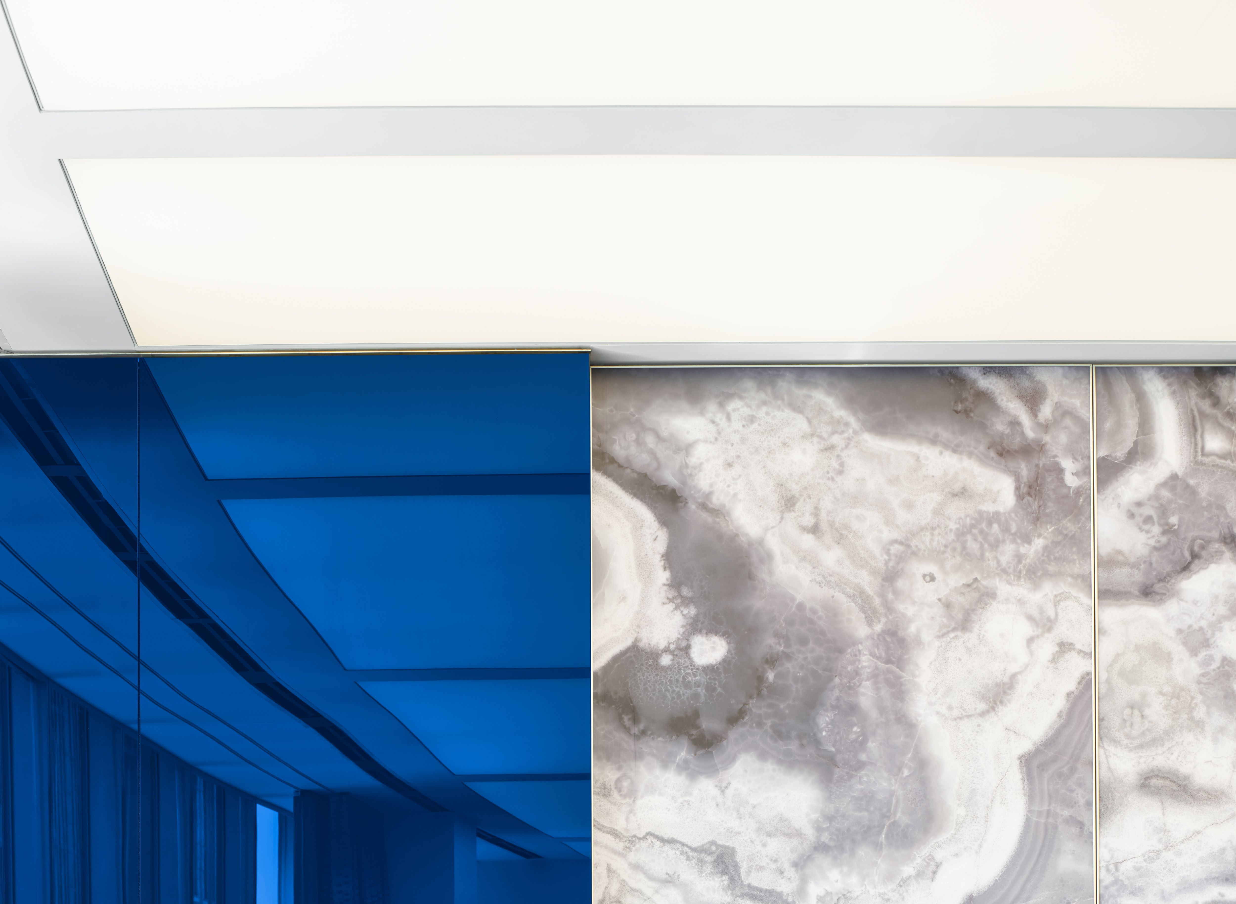 detai @ onyx and blue glass feature wall | my work @ gensler ...