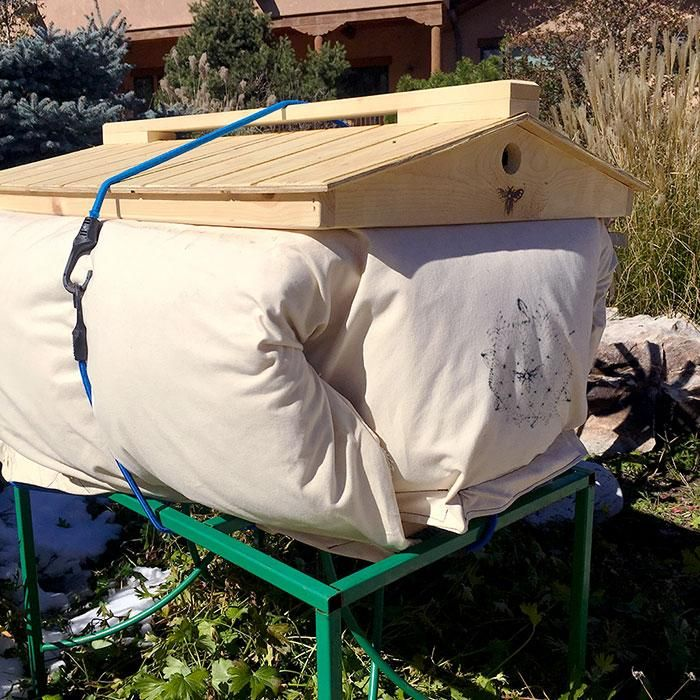 Winterizing and Insulating Your Hive | Cozy cover, Top bar ...