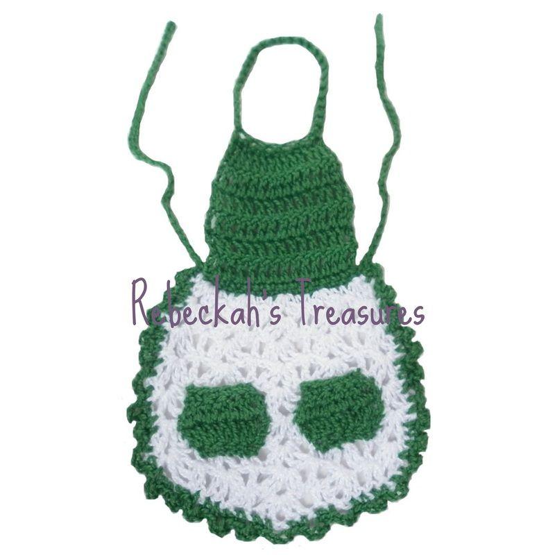 Crochet Mrs. Barbie Claus\' Apron ~ Freebie Pattern by Rebeckah\'s ...