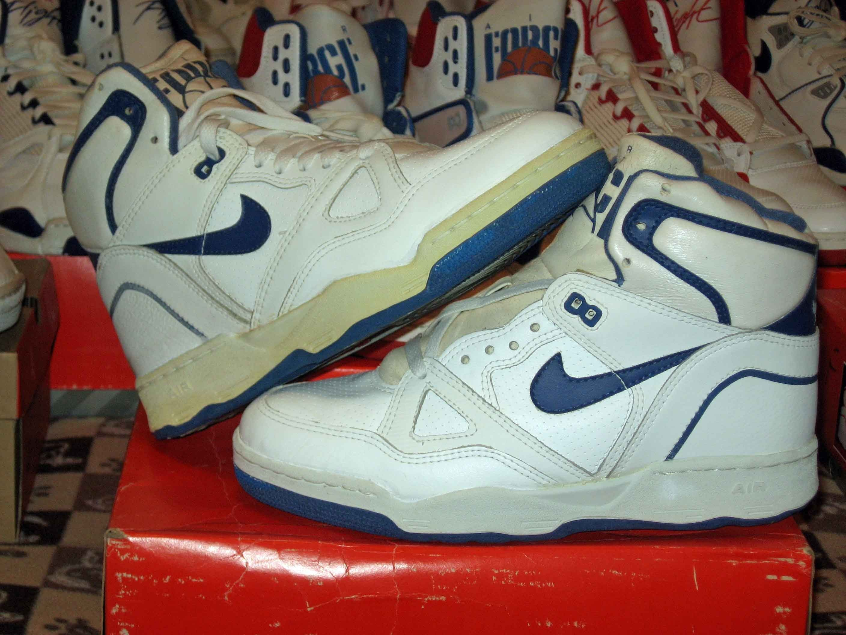 superior quality 34345 ba6e2 Tenis Basketball, 1980s Shoes, Nike Air Force, Old School, Tennis, Kicks