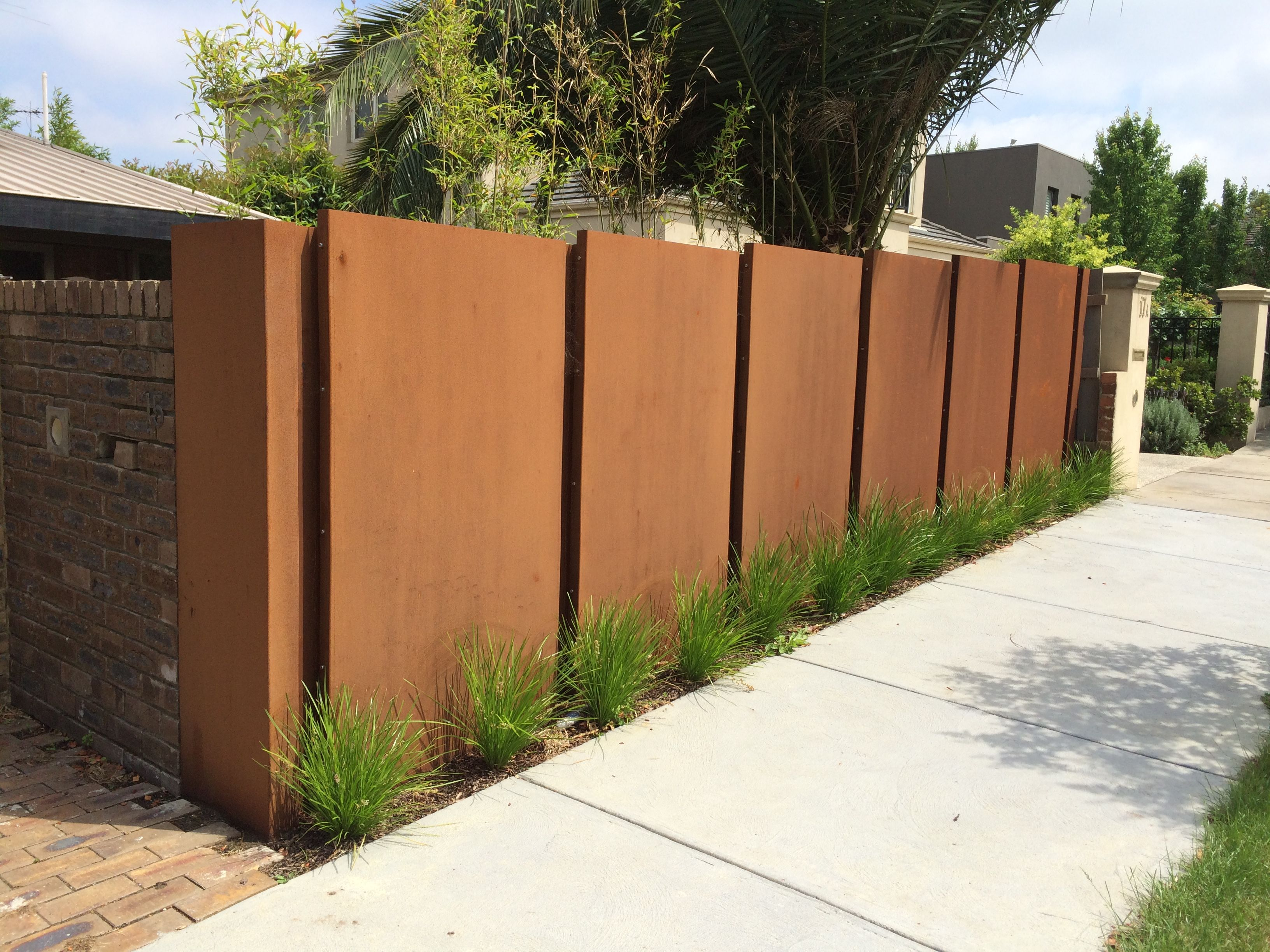 Metal Fences Gates With Images Metal Fence Gates Cheap Fence Panels Corten Steel