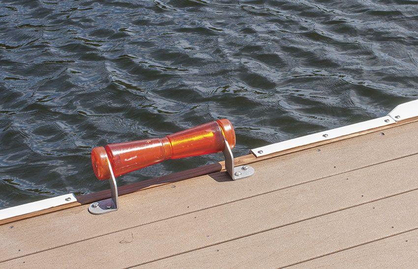 Dock Mounted Kayak Canoe Roller Kayak Storage Canoe Rack Kayaking