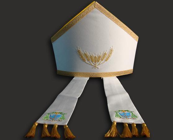 Mitria vescovile