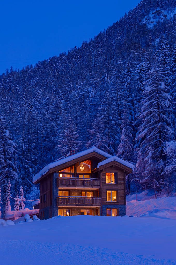 Chalet White Snow, Luxury Ski Chalet   Mountain Lodge In Zermatt, Swiss Alps