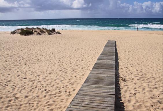 Segredos da cidade: Comporta, Portugal - Loja Latitude Carvalhal é mais tranquila Praia da Comporta. Aqui você pode muito bem relaxar e têm a praia para si mesmo.