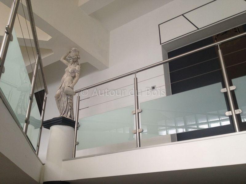 Garde-corps avec verre opaque et cables inox | Installer une ...