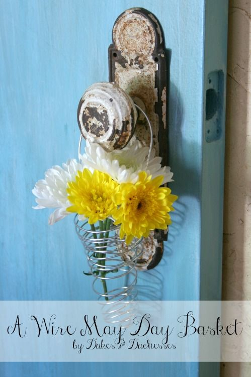 a wire may day basket | "|499|750|?|en|2|5ebb38833f07a74c9f8cf04e57adbf85|False|UNLIKELY|0.2907814681529999