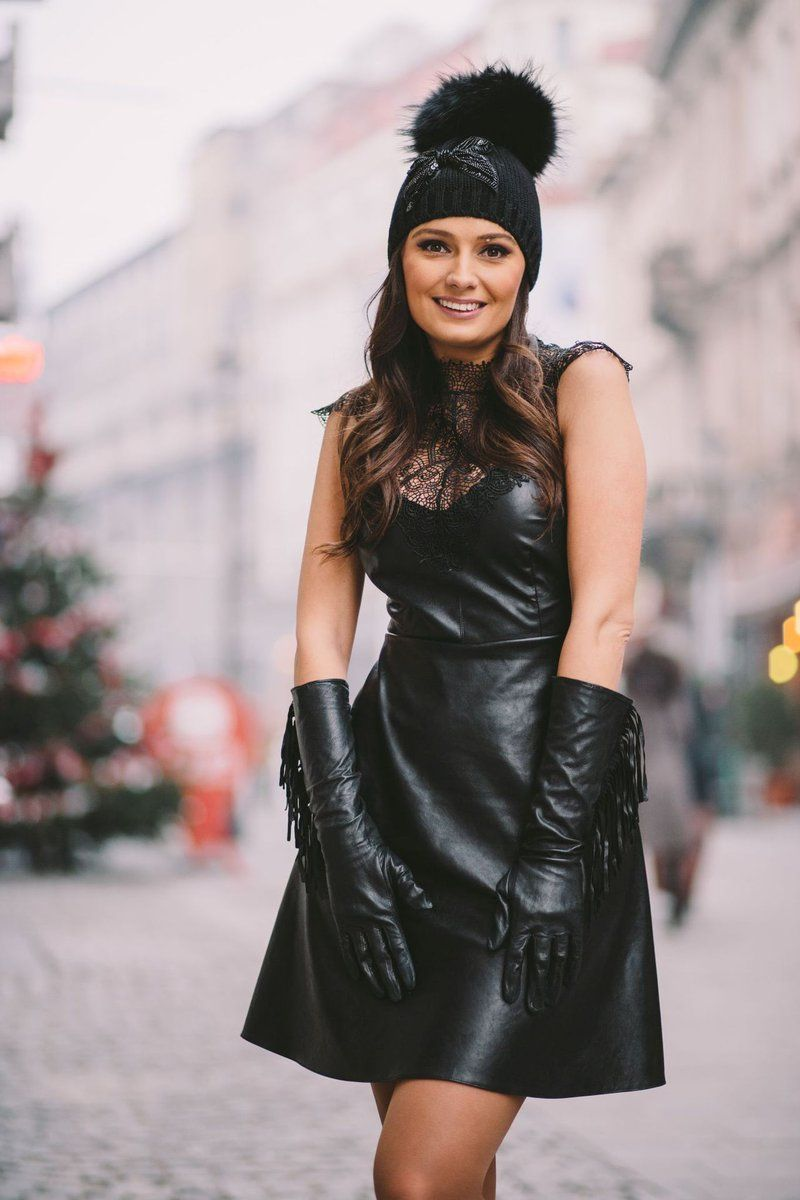 Glovejim On Twitter Elegant Gloves Black Leather Mini Skirt Leather Dresses [ 1200 x 800 Pixel ]