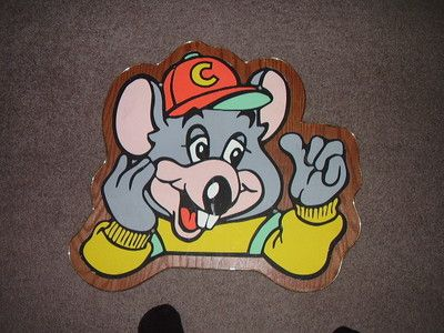 Chuck E. Cheese wall plaque