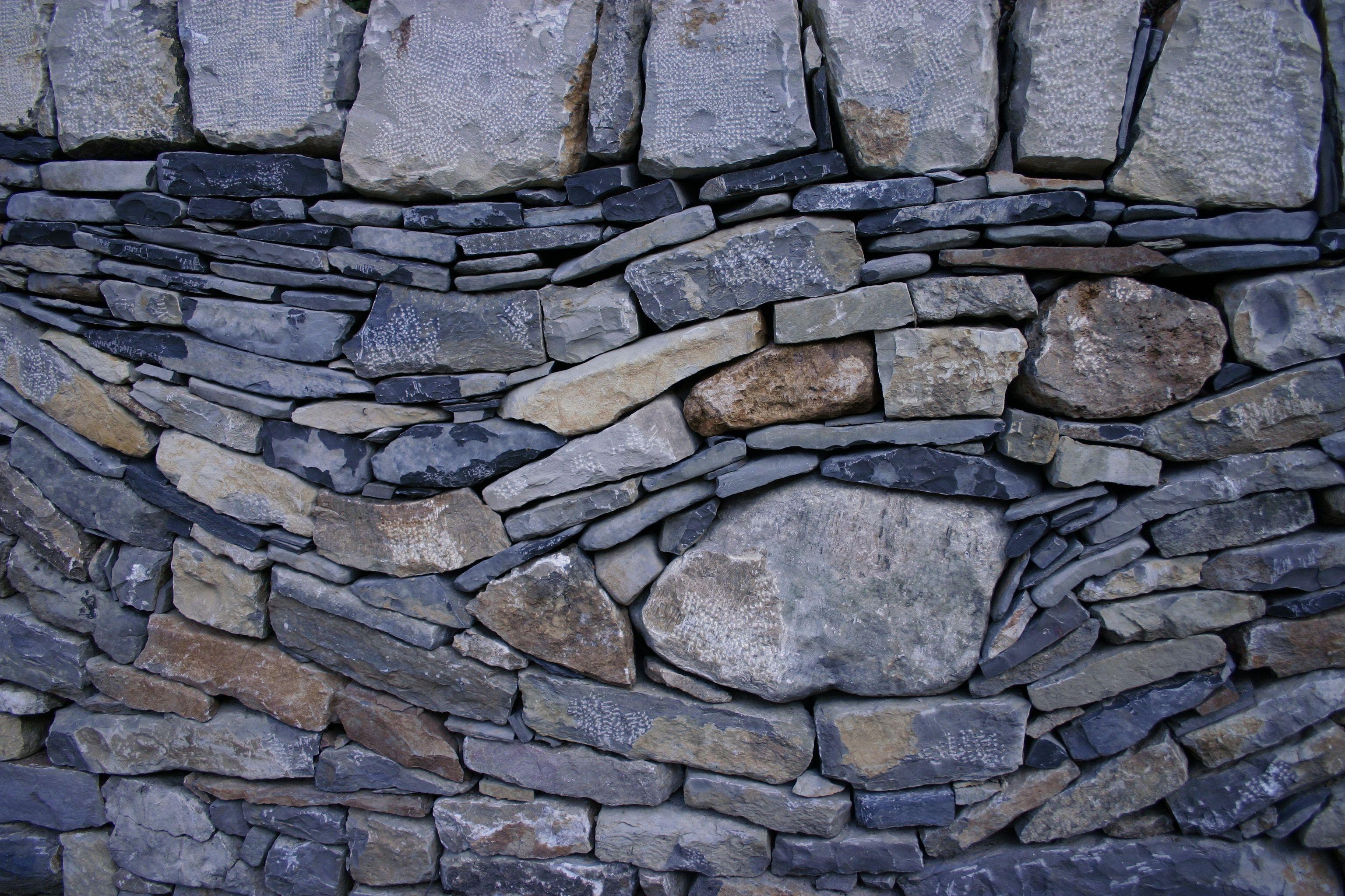 Quelques explications sur les murs en pierres s ches for Mur de pierre exterieur