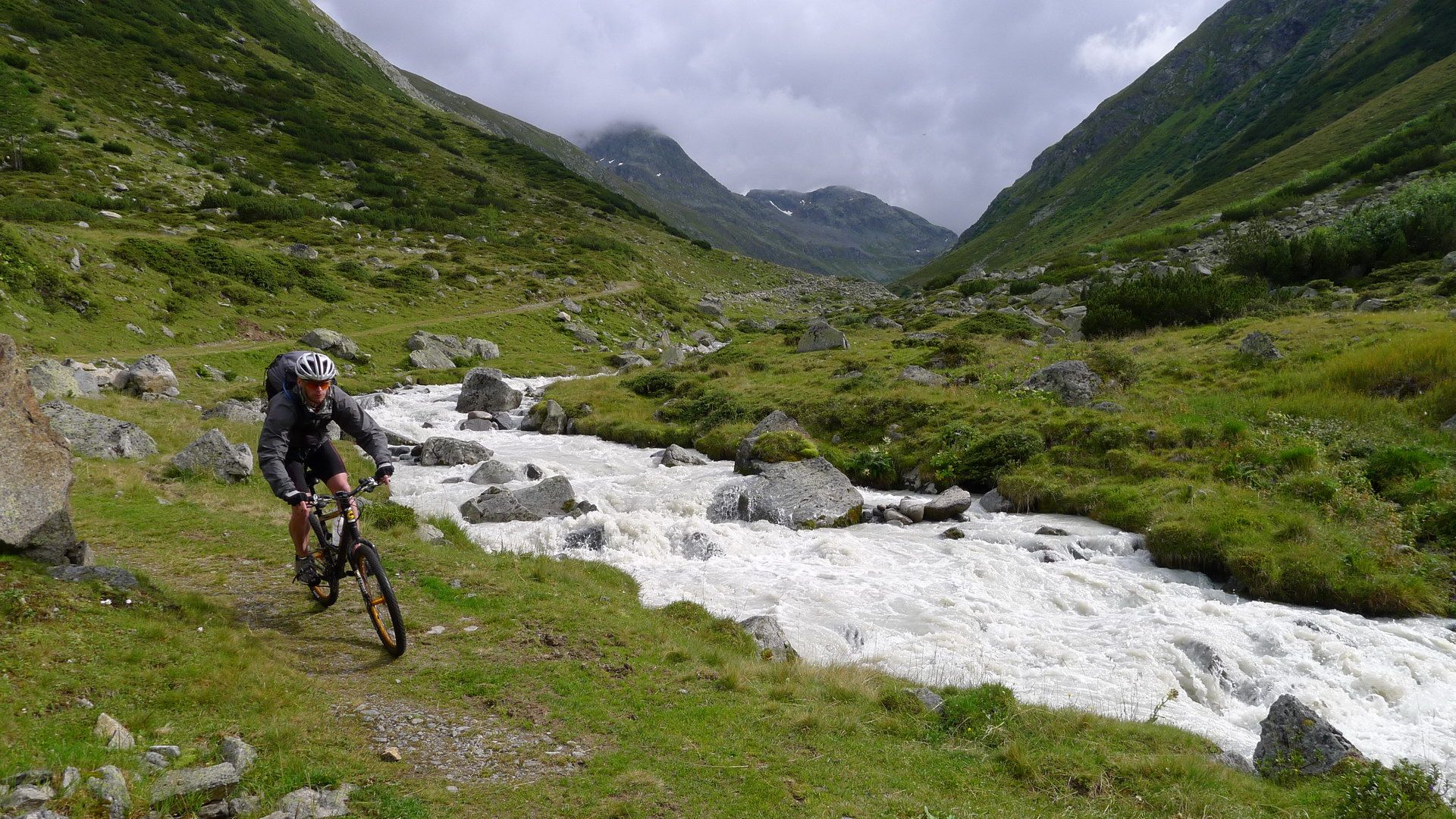 Mountain biking in Switzerland Mountain biking, Hd