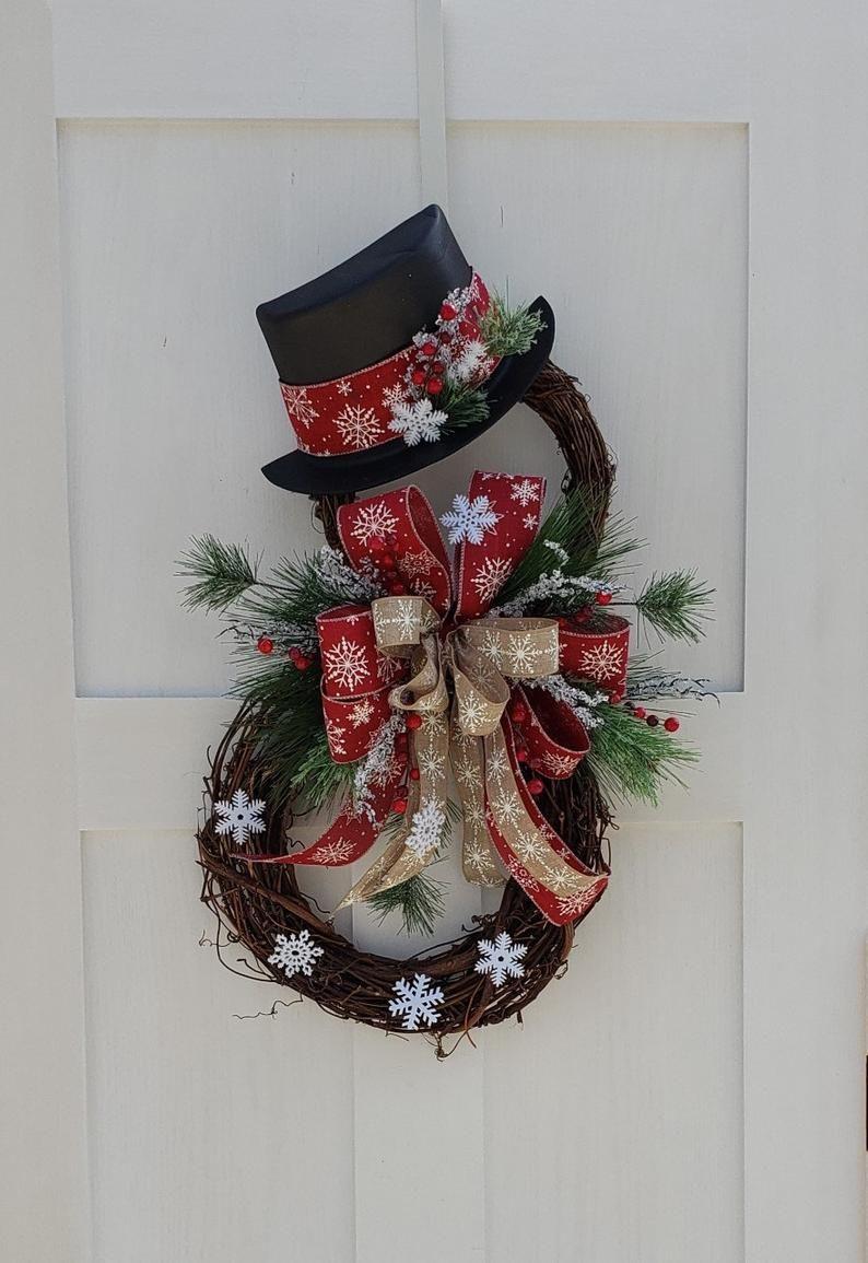 Christmas Wreath Door Hanger Snowman Grapevine Holiday Etsy Christmas Wreaths Christmas Wreaths Diy Wreaths