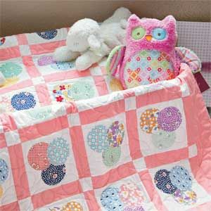 Baby Bubbles: FREE Simple 1930s Appliqué Baby Quilt Pattern ... : 1930s quilt patterns free - Adamdwight.com