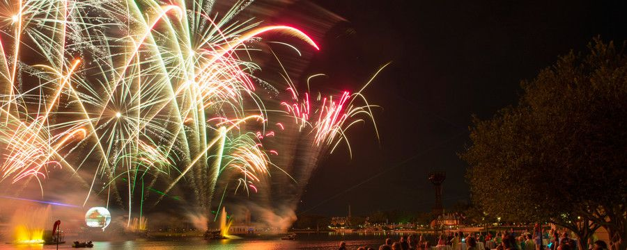 EPCOT: Activity/Dessert for Night: IllumiNations Sparkling ...
