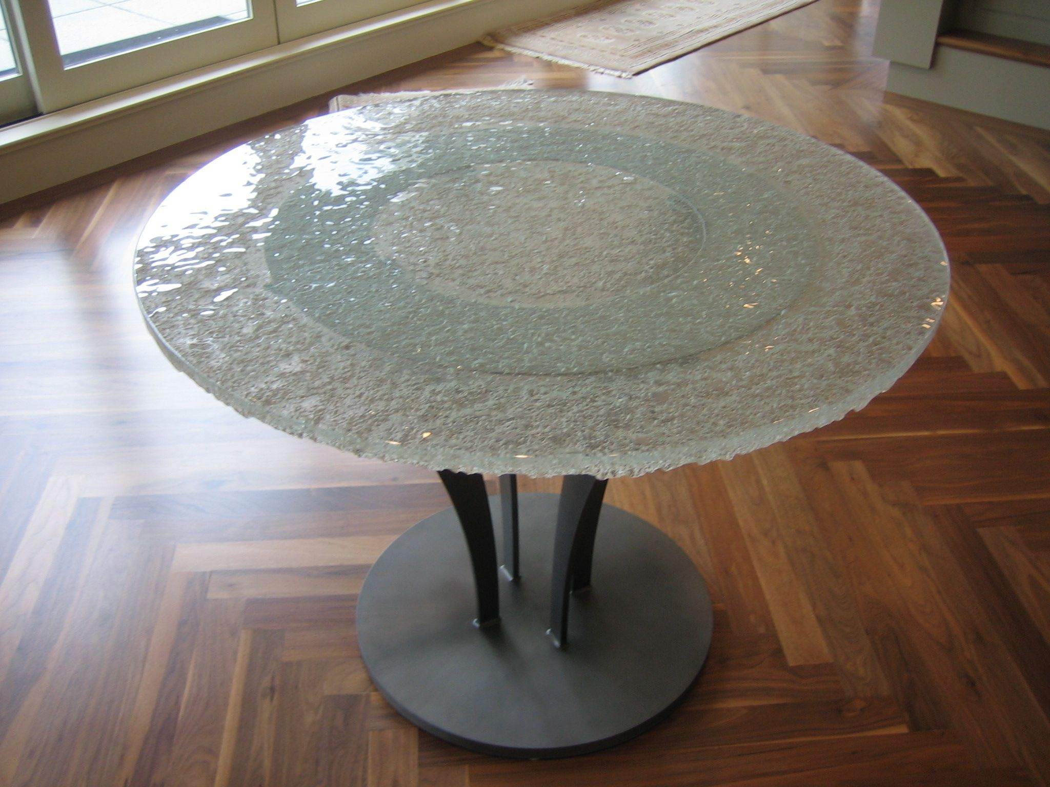 Crushed glass table top