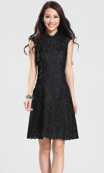 Floral Embroidery Half Sleeves Backless Tulle Black Dresses