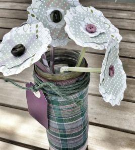 Wikimanualidad #2: Jarrones para flores y flores multicolores. @Radio Lentejas