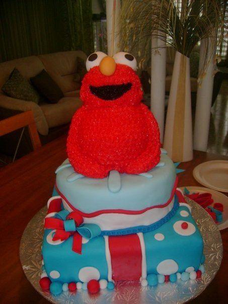 Elmo cake !