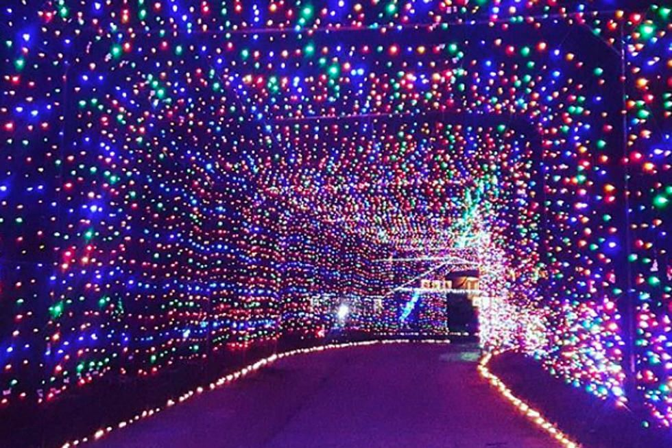 Nh Motor Speedway Christmas Lights 2020 Drive Through An Incredible Tunnel Of Lights In New Hampshire in