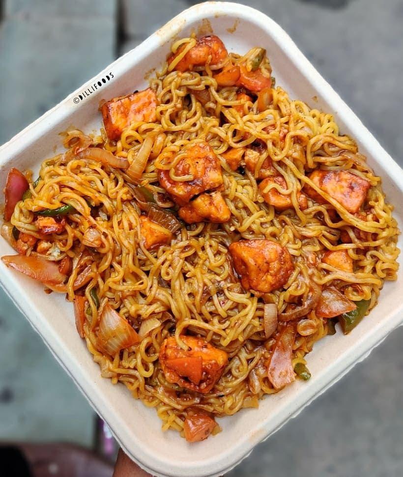 1 090 Likes 60 Comments Dilli Foods Dillifoods On Instagram Chilli Paneer Maggi Yeh Wali Maggi Khaoge Chilli Paneer Food Sunday Breakfast