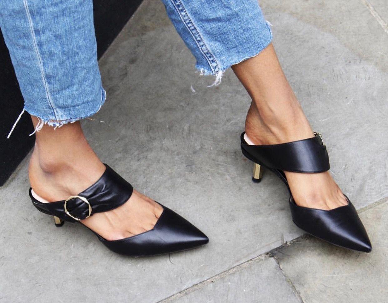 Nicholas Kirkwood Stiletto 2019 Shoes Shoesaddict Sandals Zapatos Estilo Fashion Style Vanessacrestto Kitten Heel Shoes Trending Shoes Chic Shoes Flat