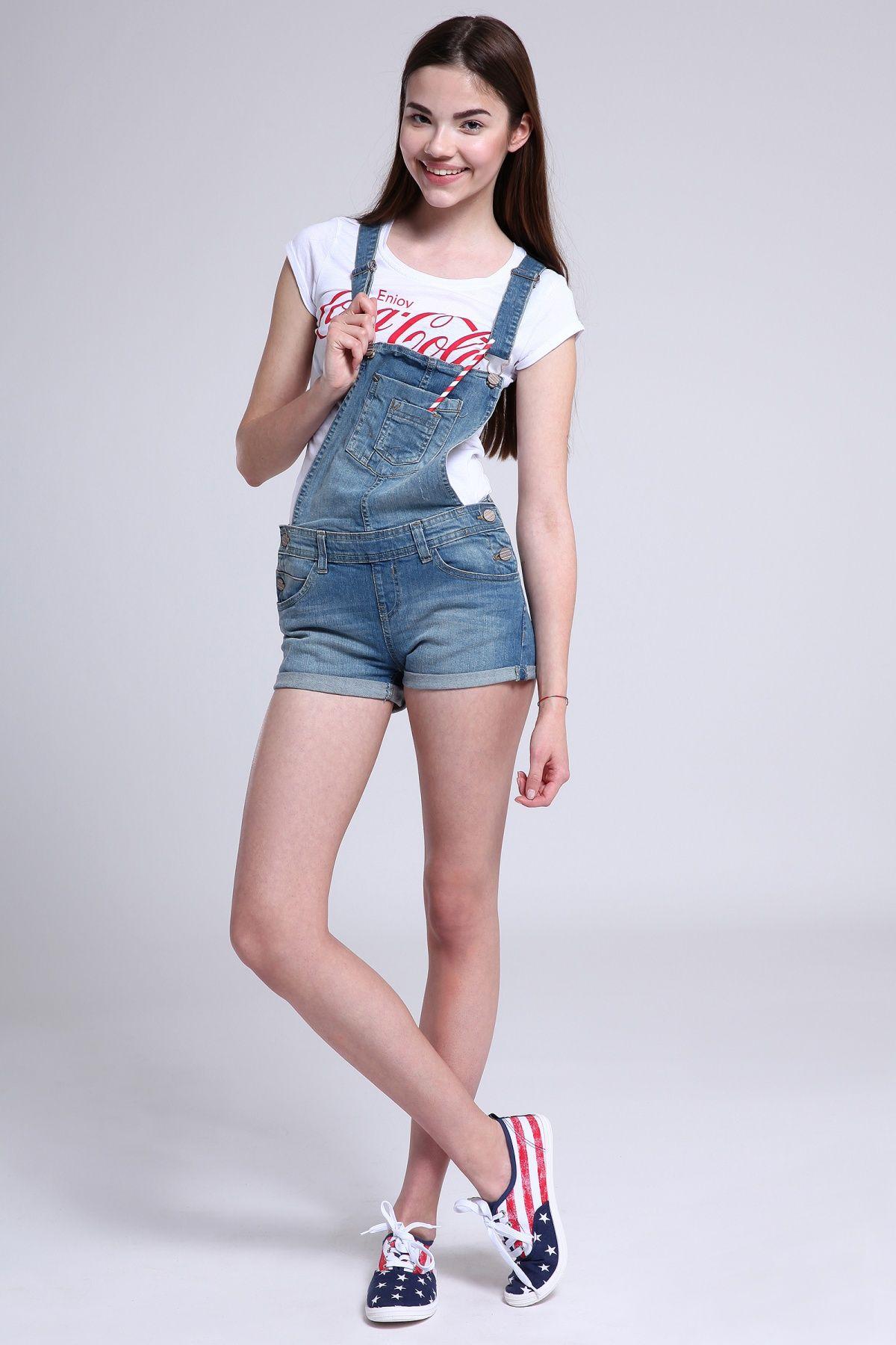 Salopette jeans corta Blu denim medio online in ABITI DONNA - Terranova c33d571a999