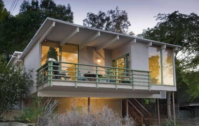 Modern deck dorene steve pinterest modern deck for Mid century post and beam house plans